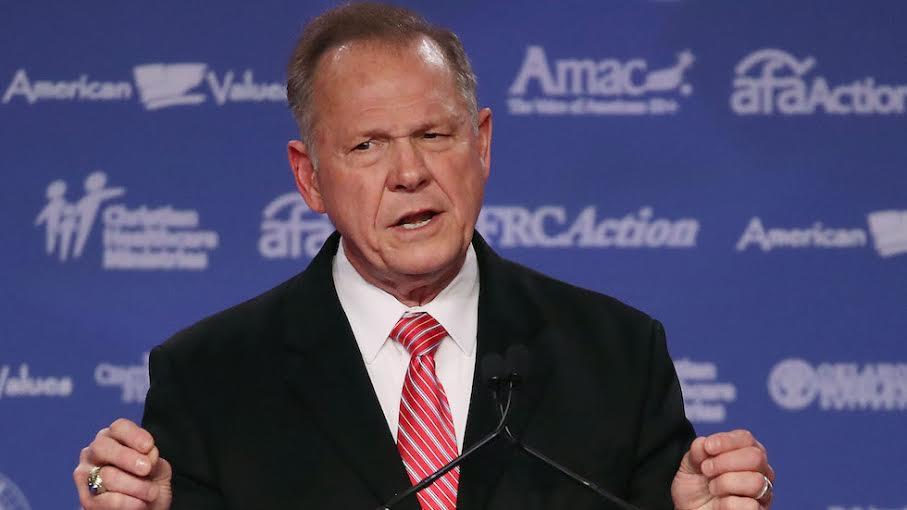 JUST IN: Roy Moore denies knowing new accuser despite having signed her yearbook https://t.co/k7uuA6am7a https://t.co/VDLgFdiura