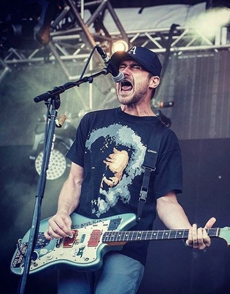 Two alleged victims of Brand New's Jesse Lacey have shared new details. https://t.co/xL1LVYOjHH https://t.co/UmJAL7cPpP