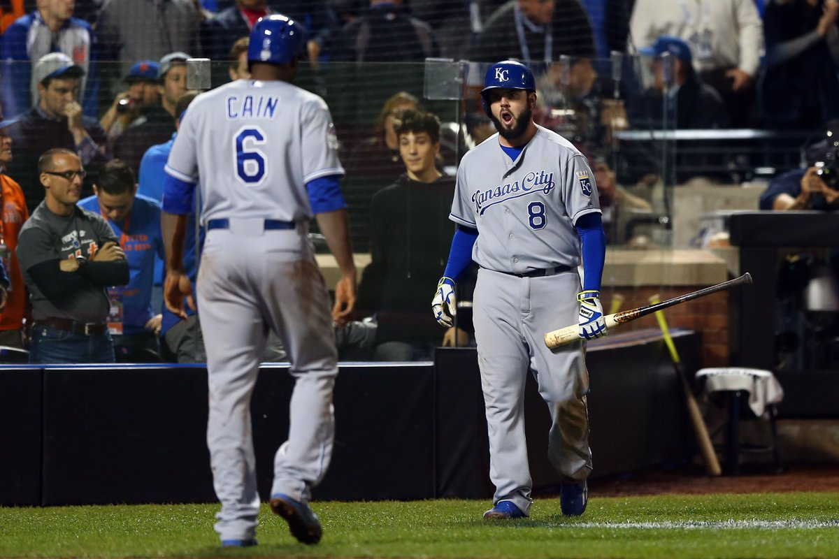 Royals #Rumors: Mets could pursue Mike Moustakas and Lorenzo Cain https://t.co/RVWJVRpyhl via @kingsofkauffman https://t.co/rzAfcaDPgx