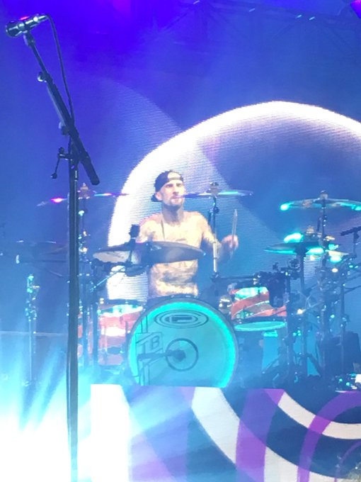Happy birthday to Travis Barker! This was taken in Philly, summer 2016!