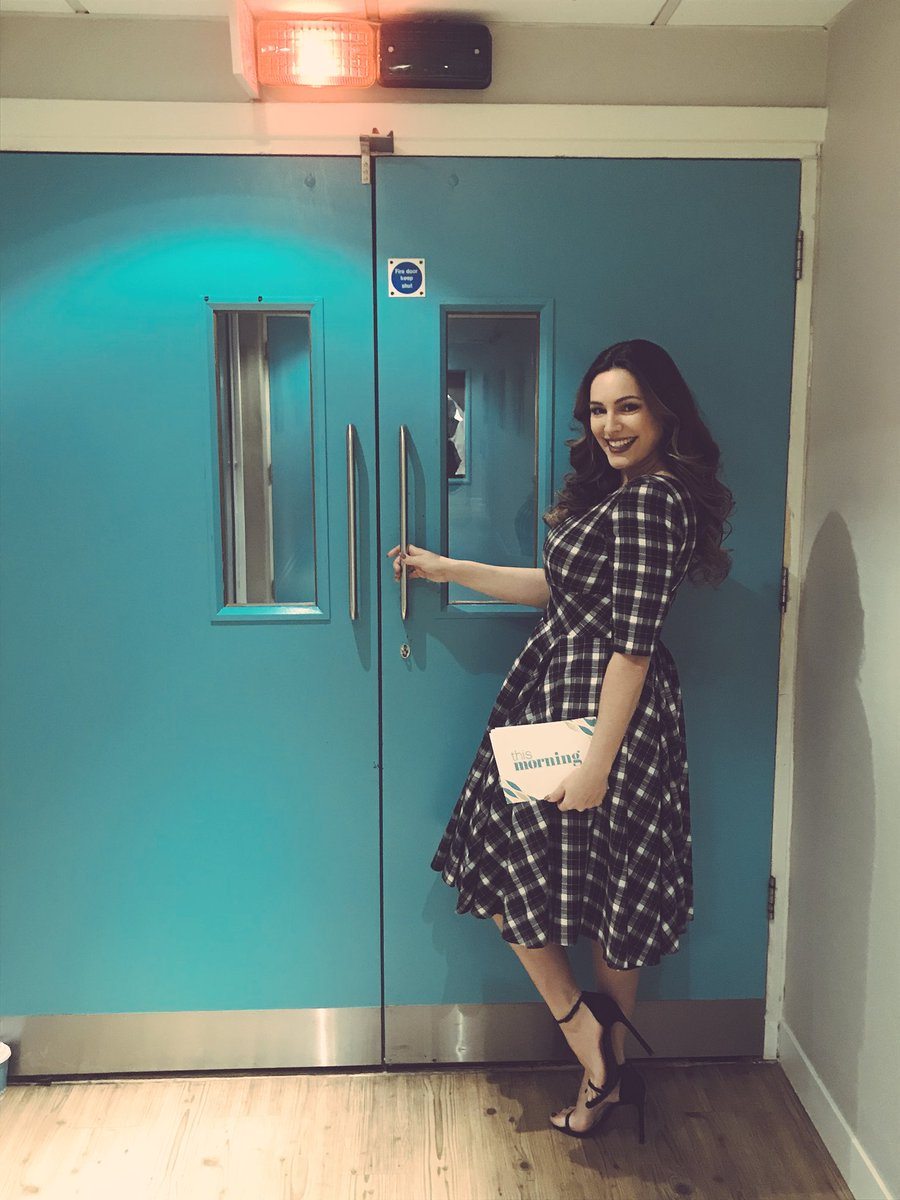 BackStage @thismorning ???? https://t.co/lEFYcyAOjU