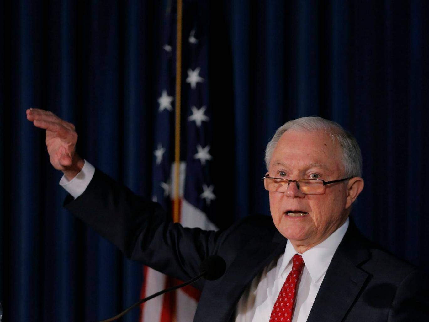 US Attorney General may open new Clinton investigation https://t.co/aFizWXlW5Y https://t.co/QBIQtiPtUk
