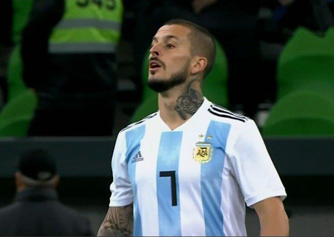 #AmistosoInternacional | ���� Argentina 2-1 ���� Nigeria. Ingresó @PipaBenedetto para jugar el segundo tiempo. https://t.co/NHhhtmRq7J