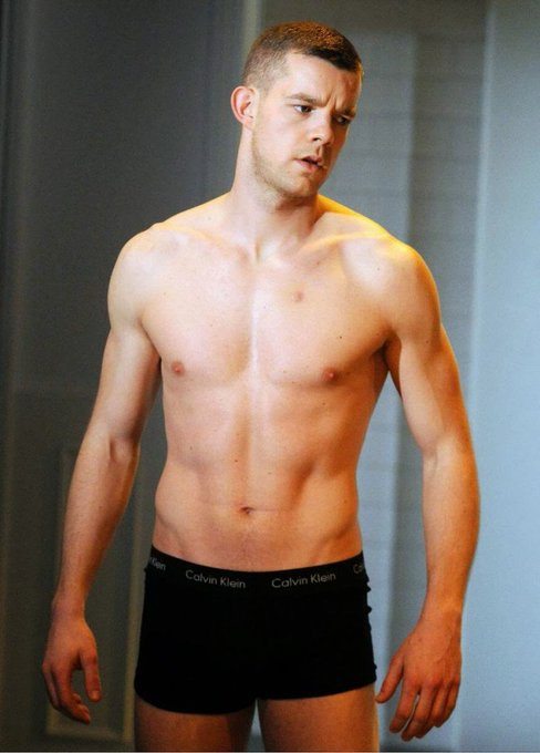 Happy birthday to the gorgeous Russell Tovey (