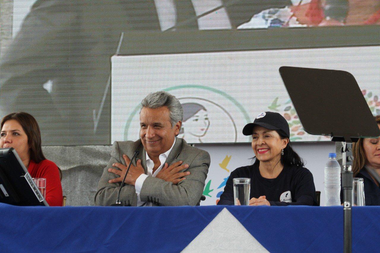 """""""Existe un Gobierno responsable que está cumpliendo sus promesas"""", @Lenin Moreno #LaMisiónContinúa https://t.co/yiz1fH91gf"""