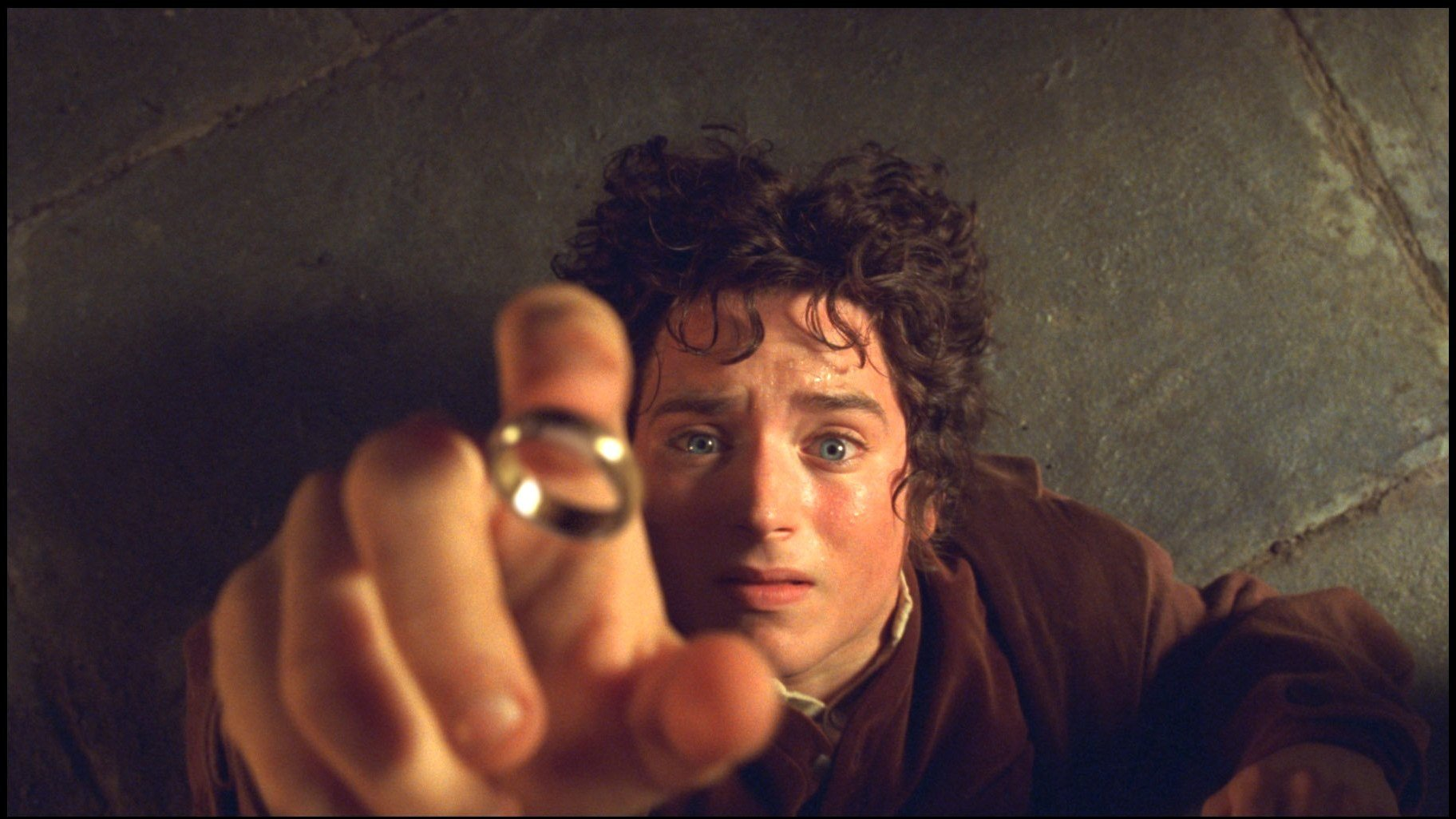 Amazon is making a 'Lord of the Rings' TV series https://t.co/8tjHBJo9YV https://t.co/fBNu6Ibc1K