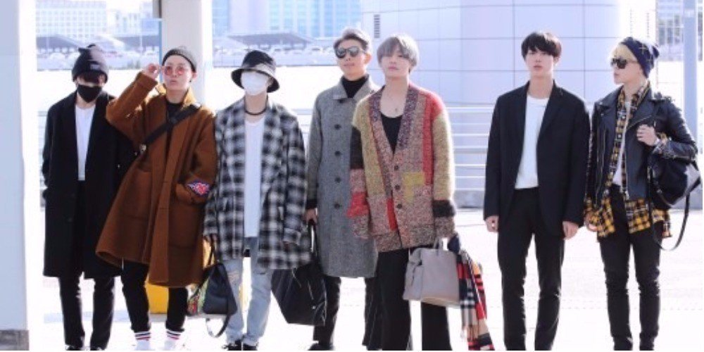 Fans welcome #BTS to the states with a worldwide trending hashtag #WelcomeToUSBTS https://t.co/EUpLq4m1ds https://t.co/T9CIp8UuBl