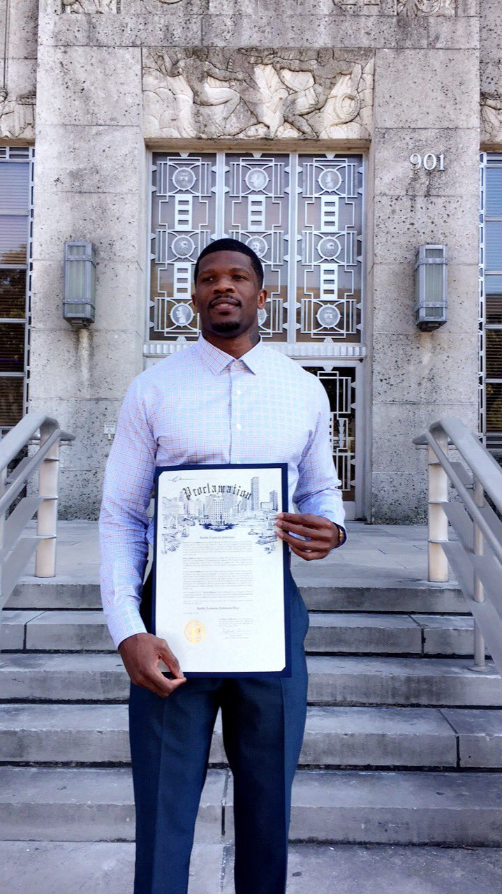 It's official.   November 19, 2017 is Andre Johnson Day.   #ThankYouAndre https://t.co/uyome4UGP5