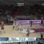 RT @Eurosport_IT: SPETTACOLO al Taliercio! @TheShark91 ➡ #Watt 🏀💪 #EurosportBASKET | https://t.co/yeuDfSfQxW https://t.co/o52rjTNfBd