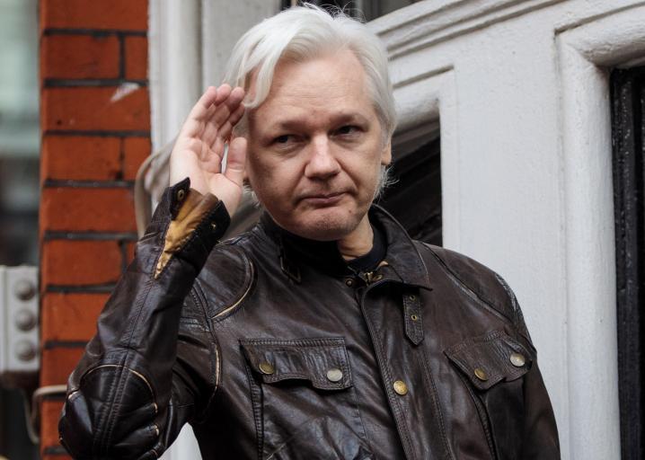 WikiLeaks was really, really dumb to send Twitter DMs to Donald Trump Jr. https://t.co/Y0ShXMZ5jH https://t.co/XfyZDlyEwt