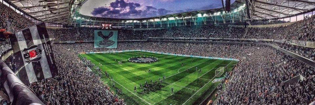 RT @Besiktas10line: Milli Maç Arası 2 Hafta Değil 2 Sene Gibi Geldi Çok Özledik Beşiktaş  https://t.co/lws2mBacIN