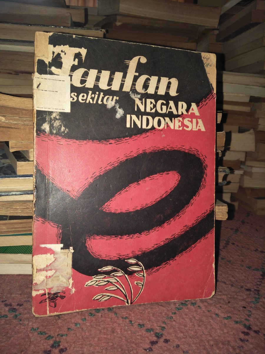 Buku Langka> Taufan Sekitar Negara Indonesia. Tahun 1951. 136 hlm. Harga 150.000. Minat? https://t.co/ZKOzrV3YKI