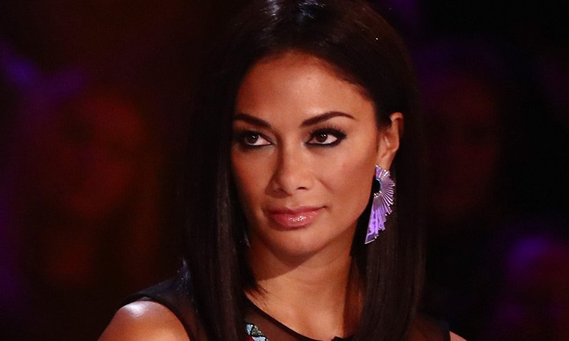 We take a look at @NicoleScherzy make-up on the X Factor! ??