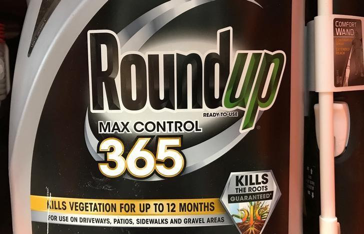 Monsanto, U.S. farm groups sue California over glyphosate warnings