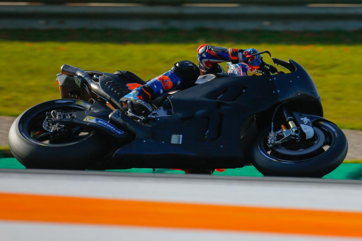 test Twitter Media - Miller hits the ground running with Ducati  #2018StartsNow | #MotoGP 📰 https://t.co/Zx9bCdo7HB https://t.co/eC4DxcziXB