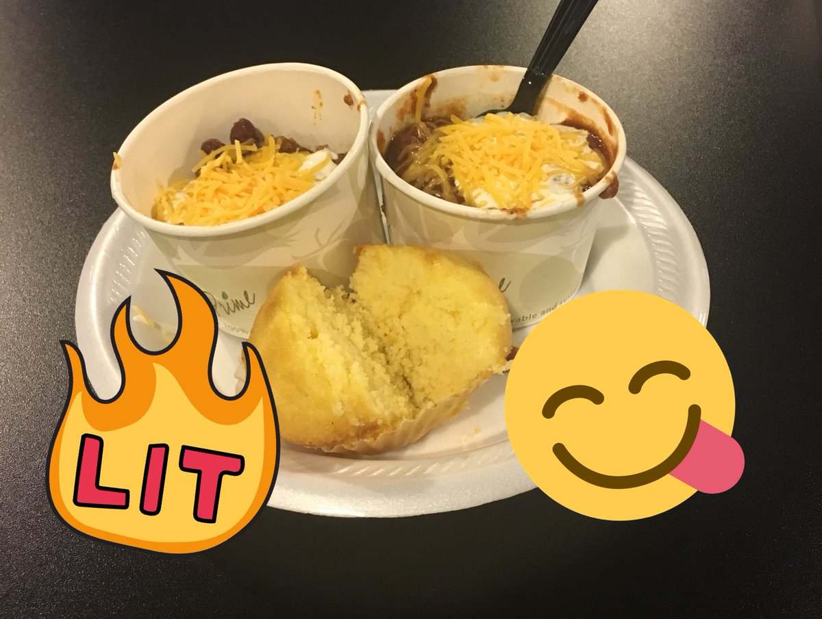 Chili cook off is in full effect! #workhardplayhard https://t.co/FHnHWfnCQS