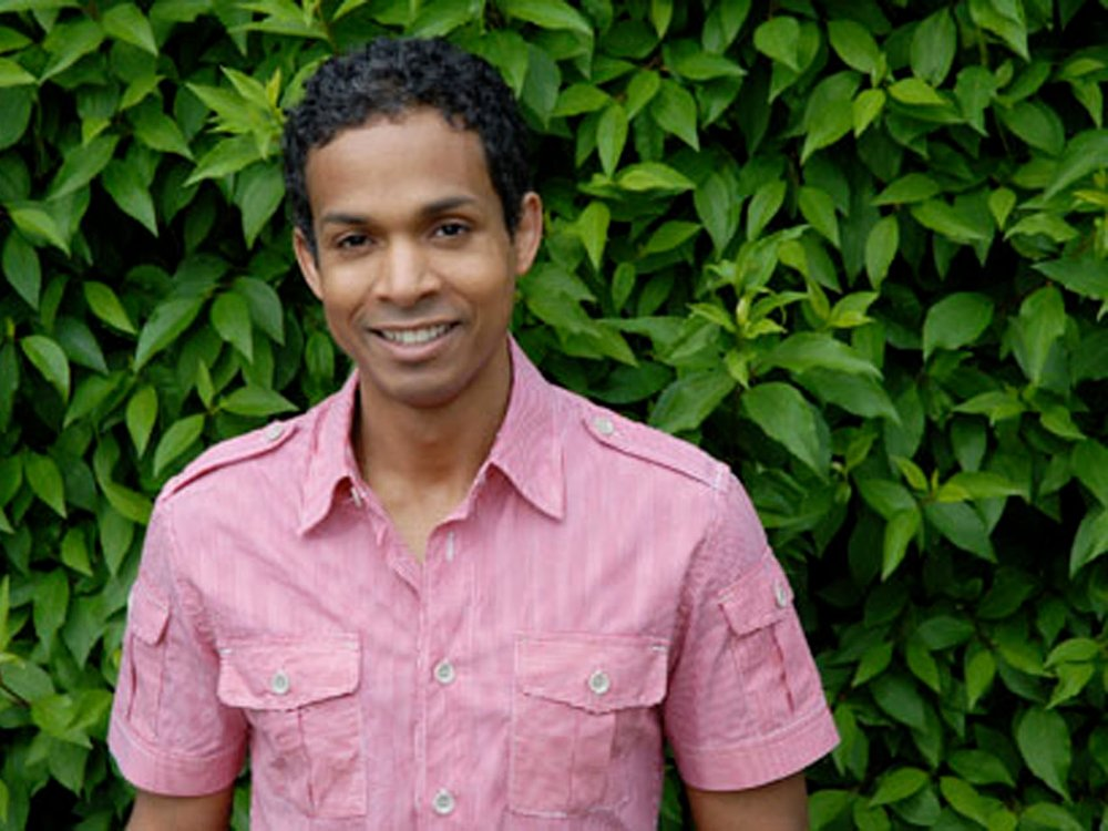 David Chariandy wins 2017 Rogers Writers' Trust Fiction Prize