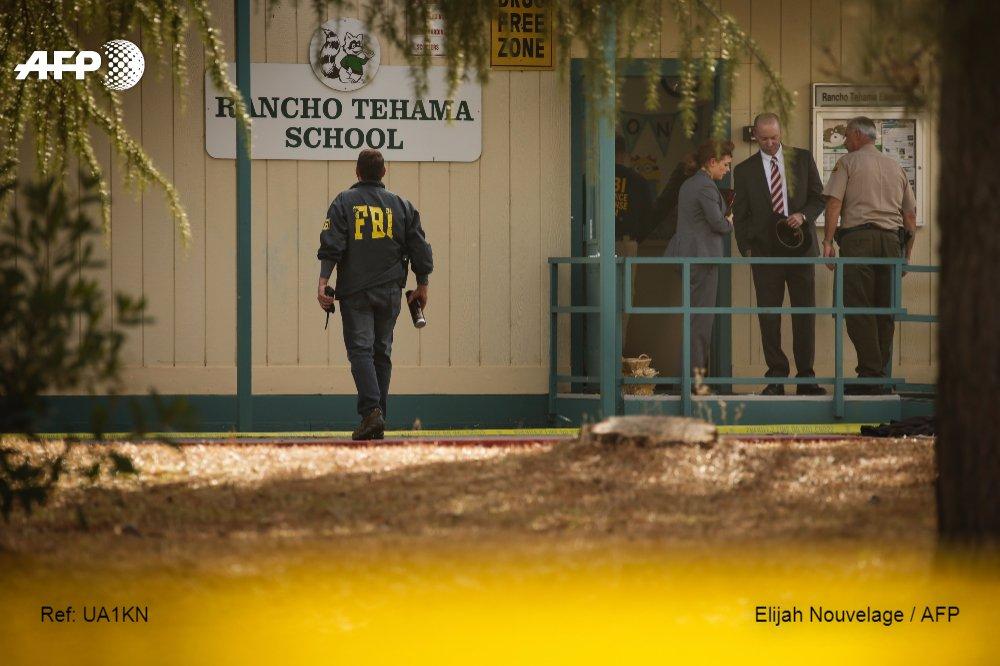 Encuentran muerta a esposa del tirador de California bajo el piso de su casa