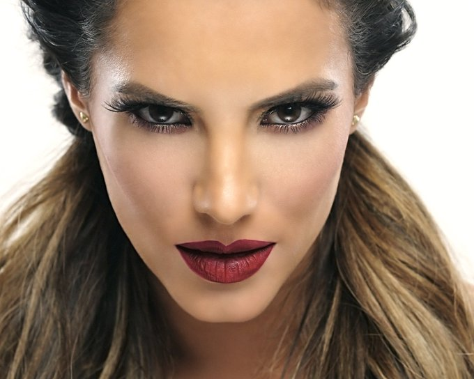 wishes Gaby Espino, a very happy birthday