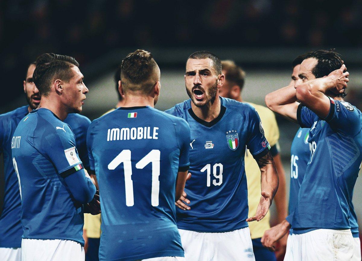 Who Was Davide Astori? Italian Soccer Star Dies Suddenly At 31 Italian soccer team pictures