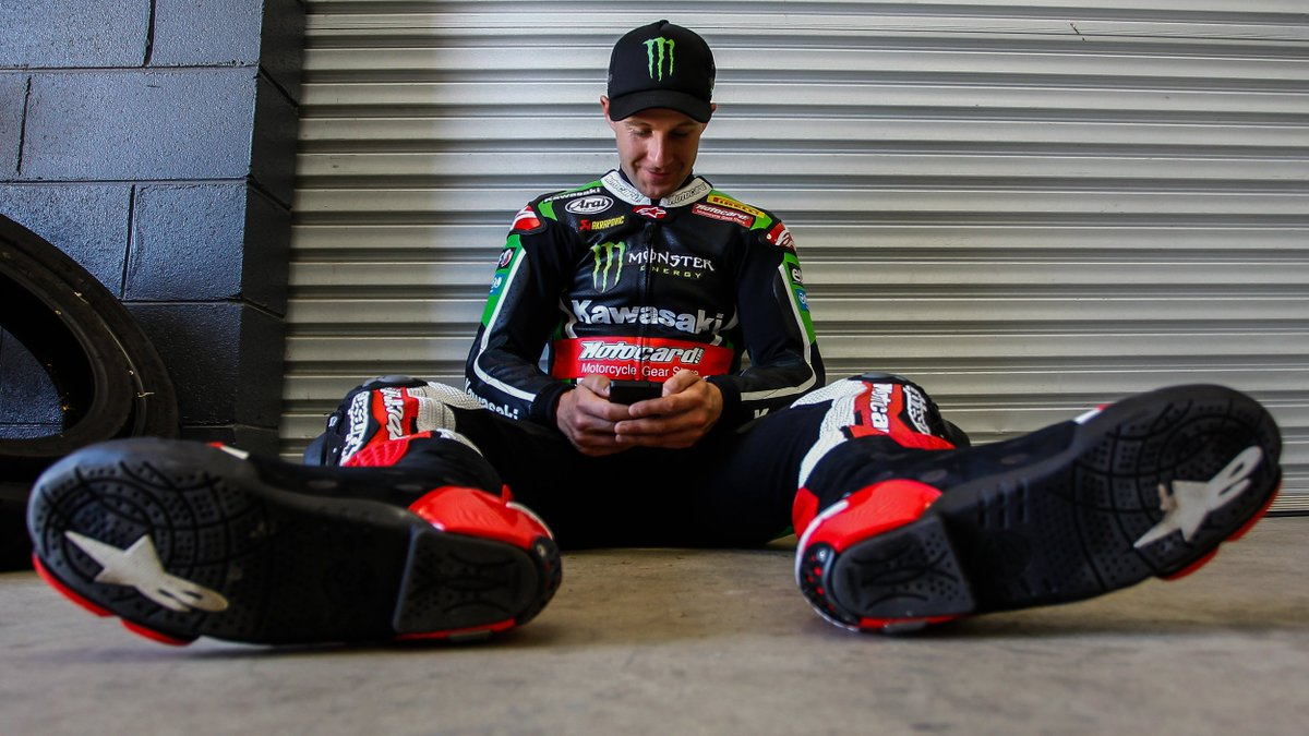 test Twitter Media - Want to know how to keep up with #WorldSBK over the winter? 🤔  ⬇️⬇️ https://t.co/ENifZ6LIif https://t.co/Ar2cLOt9fz