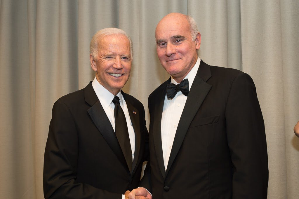 test Twitter Media - Happy to reconnect with @JoeBiden at recent @UNANYC event . Former VP is a great supporter of the EU and its role as global actor https://t.co/Qe5puDWMal