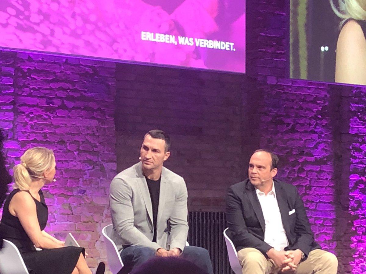test Twitter Media - Es ist ok Angst zu haben, aber man sollte nicht feige sein. So ging es mir auch beim Boxen @klitschko #digitalisierung #challengemanagement #attitude https://t.co/Vfjnd3LgpK