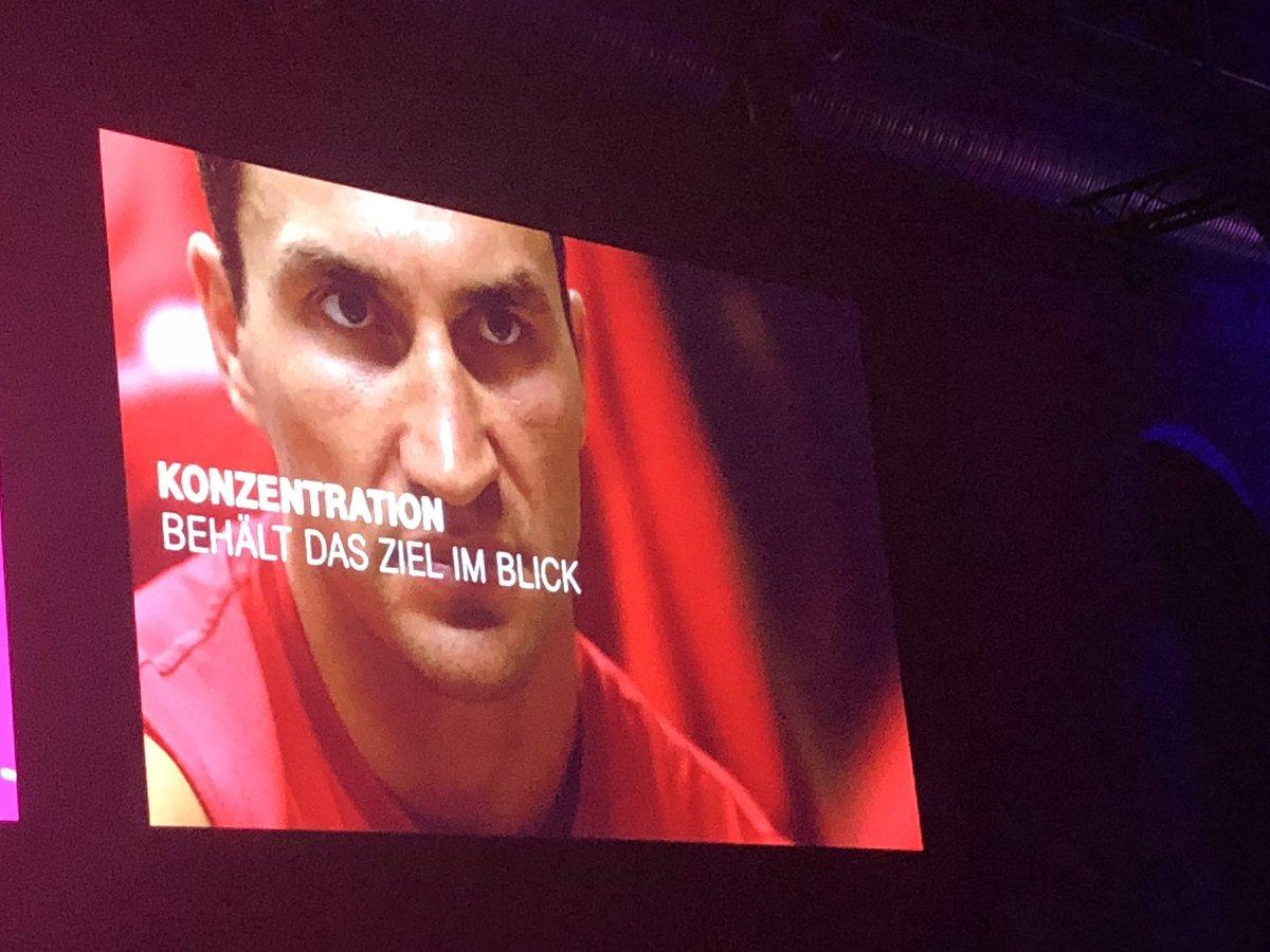 test Twitter Media - Misserfolg gehört dazu und ist eine Lehre, die uns weiterbringt @Klitschko #digitalisierung #telekomdialog https://t.co/wXdLSFAHyk
