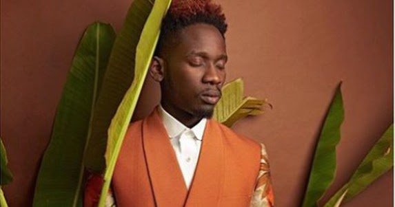 Checkout These Lovely New Photos Of Mr Eazi, Just Released Online By TY Bello https://t.co/K8haxNlD3i https://t.co/hVNqJNGSbf