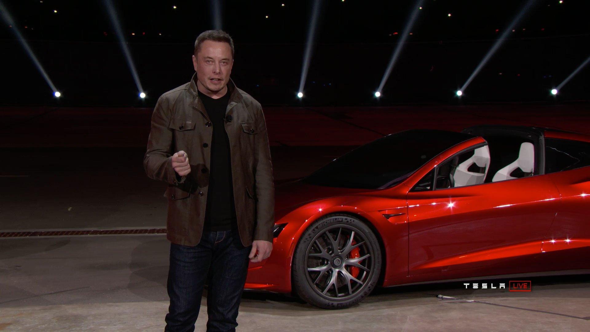 Elon Musk shocks with new Tesla Roadster https://t.co/ByO08ggQKv https://t.co/K4GOihCXw8