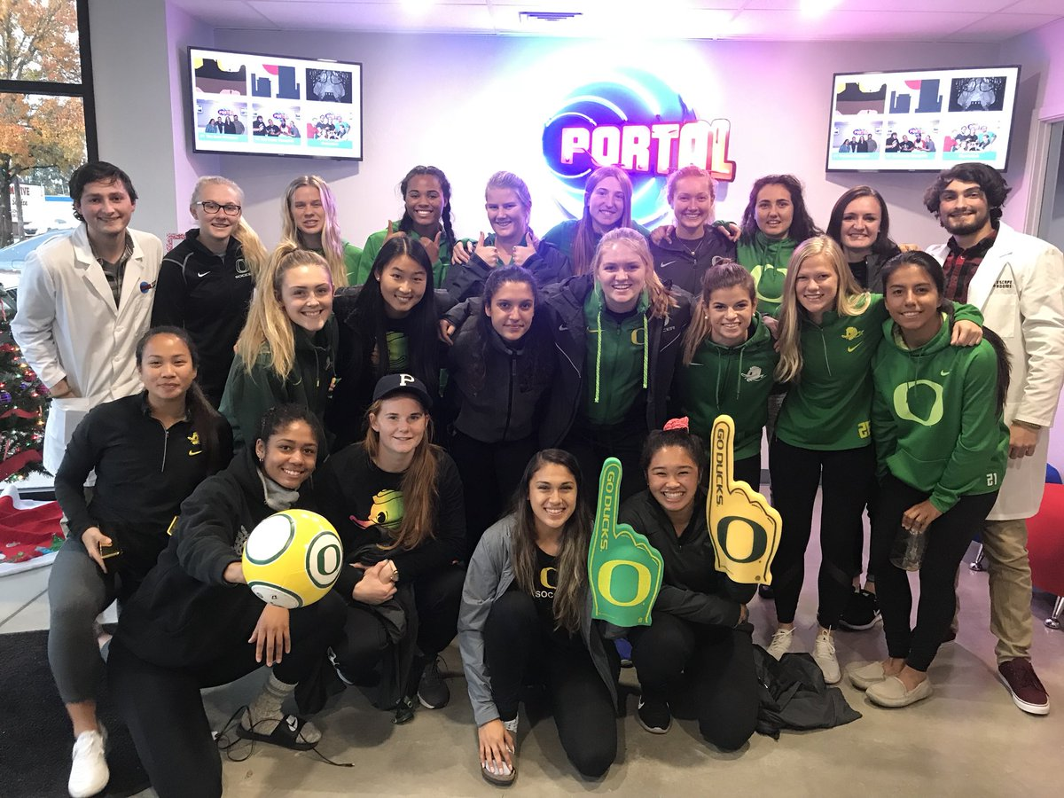 Ducks had a great time, and solved the escape room well under the designated time.  #StrongerTogether #GoDucks https://t.co/VRNhDBobM7