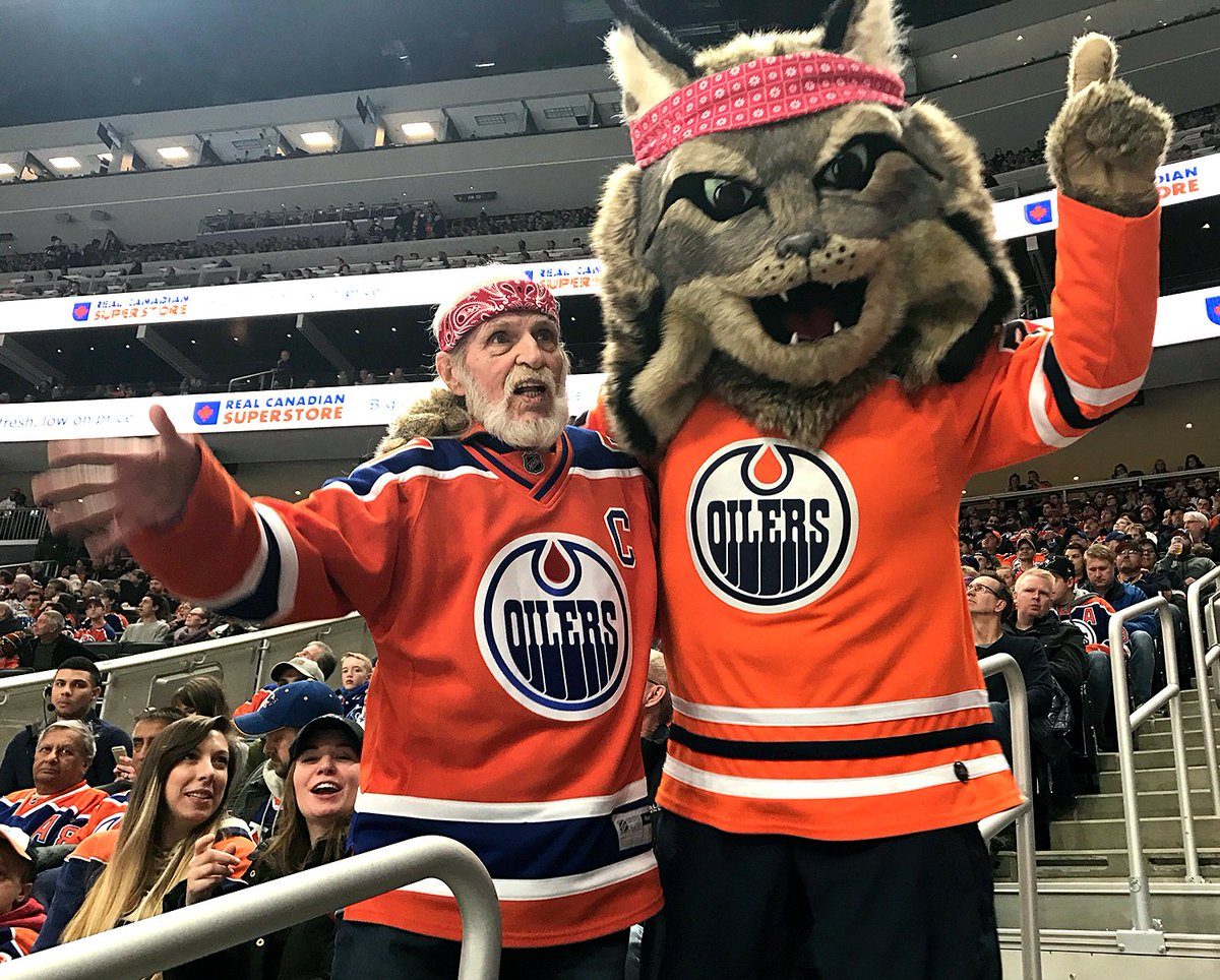 Bandana bros stick together   letsgooilers