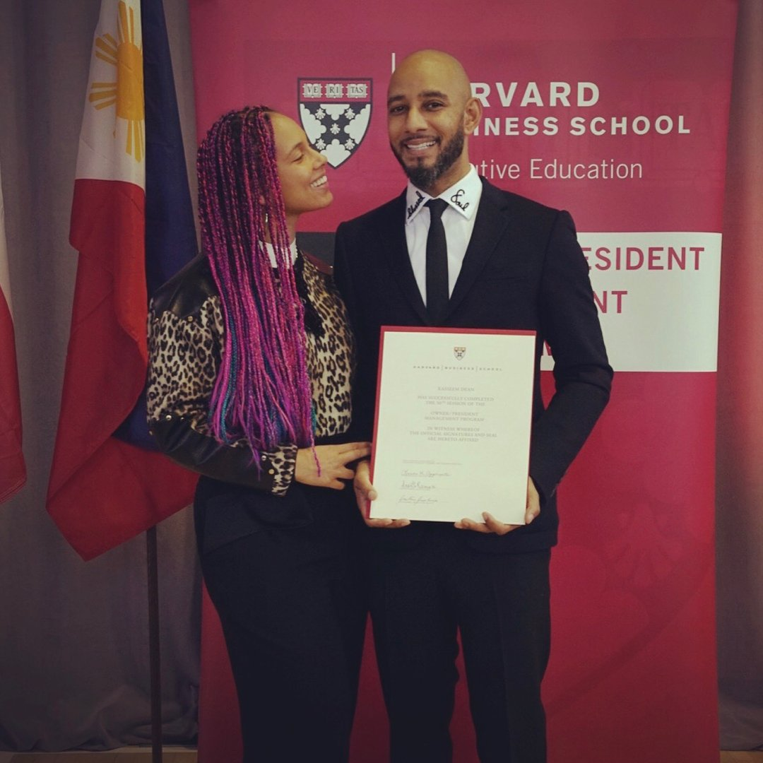 When your hubby graduates from Harvard Business School and you can't stop looking at him in amazement!!!!!!������������ https://t.co/CtoSeXuIM7