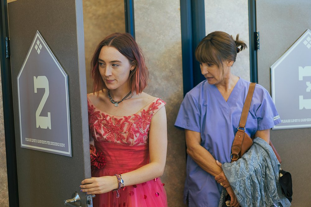 Review: In superb 'Lady Bird,' Gerwig spreads her wings