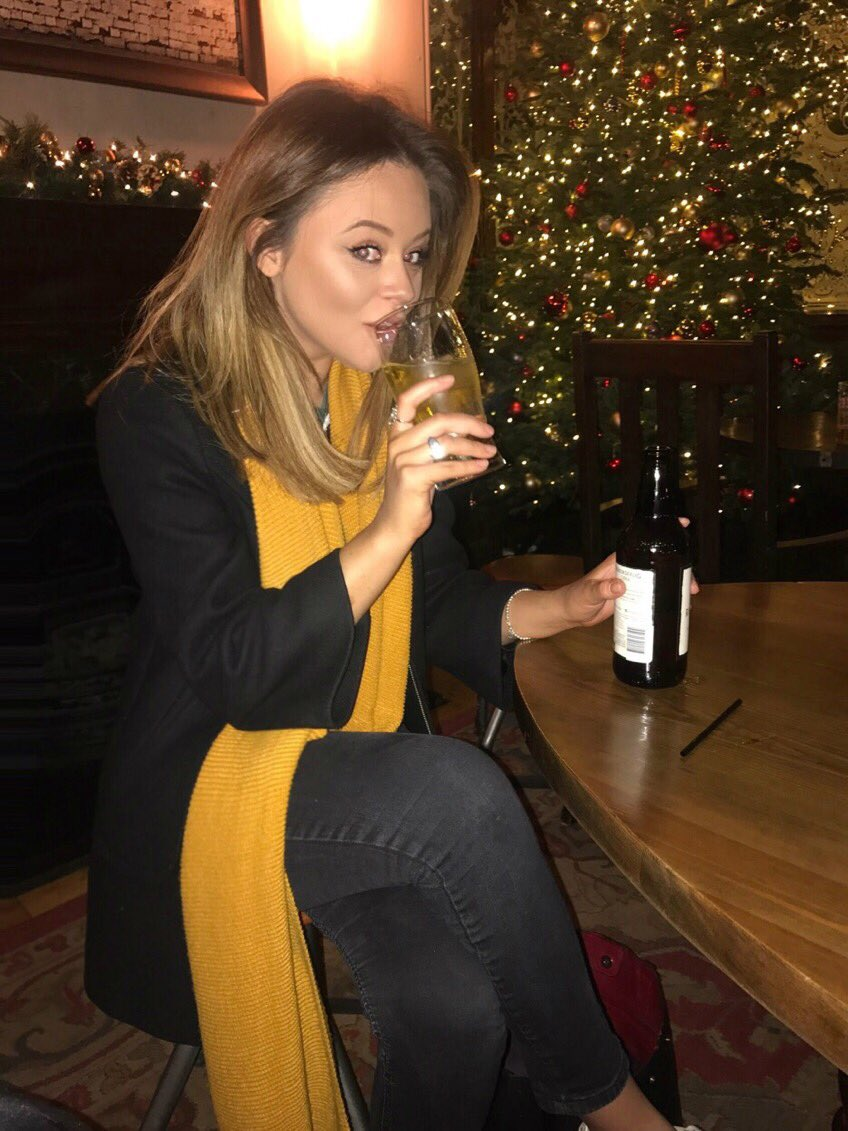 'Tis the season to be COMPLETELY PISSED EVERY SINGLE DAY- cheers everyone!🎄 g9GwRtTX43