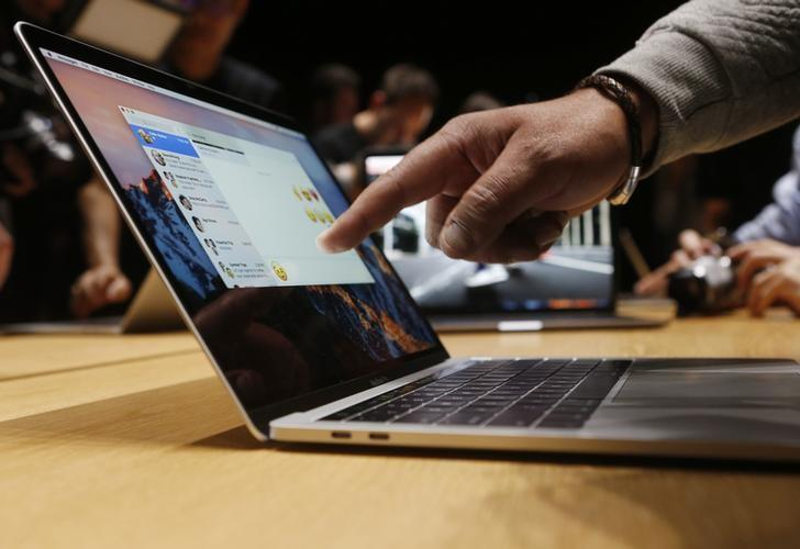 Apple to review software practices after patching serious Mac bug