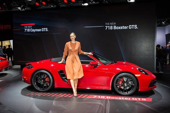 A fun afternoon with @PorscheNewsroom at the LA Auto Show. The new 718 Boxster GTS is ???????? https://t.co/1IlhXaPhnD