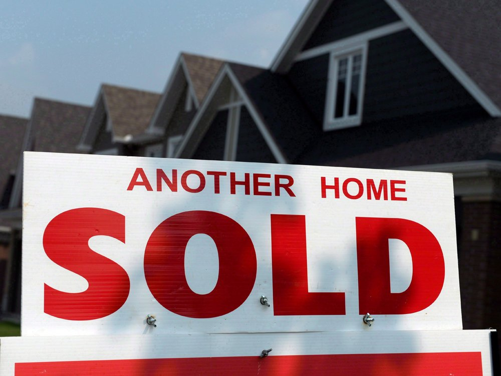'No quick fixes': Housing market still rife with risk, despite Bank of Canada optimism