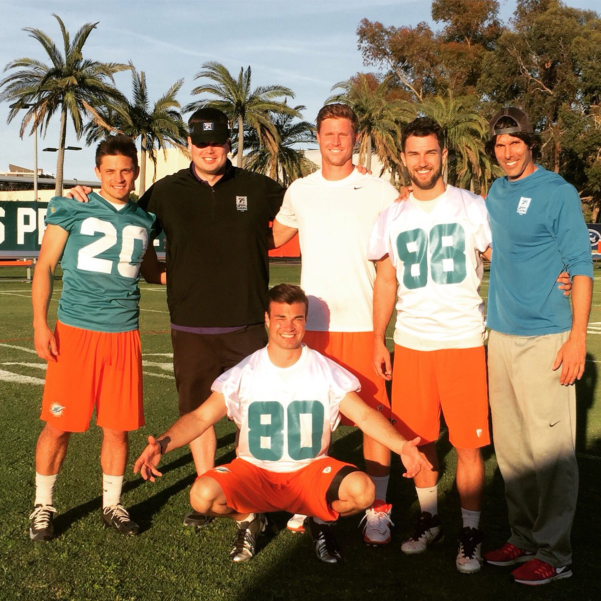 #tbt On the set of Ballers. #hbo #miami #dolphins #setlife🎥 #football https://t.co/O2ad4CpFj0