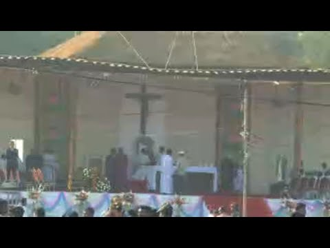 Devotees in Bangaldesh get ready for Pope's open-air mass
