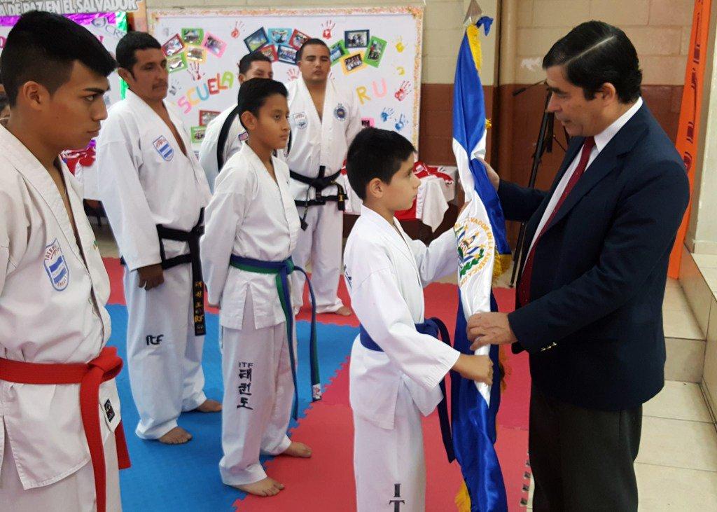 Taekwondoistas ITF rumbo a Costa Rica - Diario Co Latino