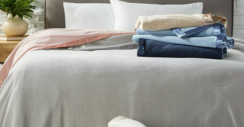 Martha Stewart Collection soft fleece blankets for $15 https://t.co/7YkIqH4zrO https://t.co/pdgyK51GpC