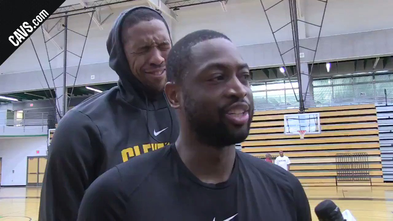 .@DwyaneWade speaks to media and @Channing_Frye spots a photobomb opportunity. WATCH �� → https://t.co/ryUmHZJsKh https://t.co/MIRwZtjJ4N