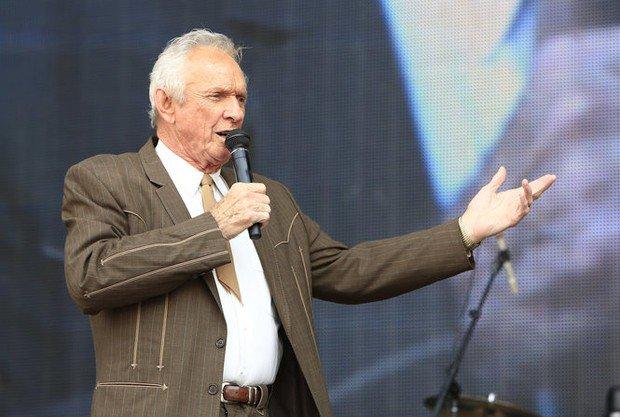 Mel Tillis, Country Music Hall of Famer, dies at 85