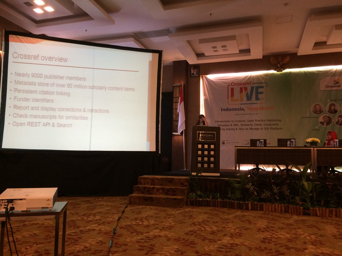 test Twitter Media - Susan Collins introduces Crossref to the audience at LIVE Yogyakarta https://t.co/9AAUftQdVG