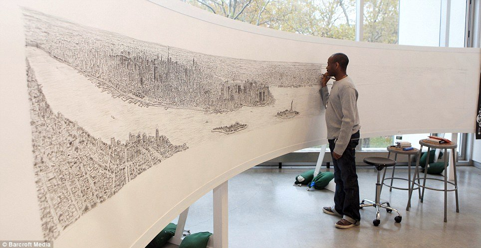 Autistic artist draws 18ft picture of New York, after taking 20 minute helicopter ride over city: https://t.co/UvenAgv2ro