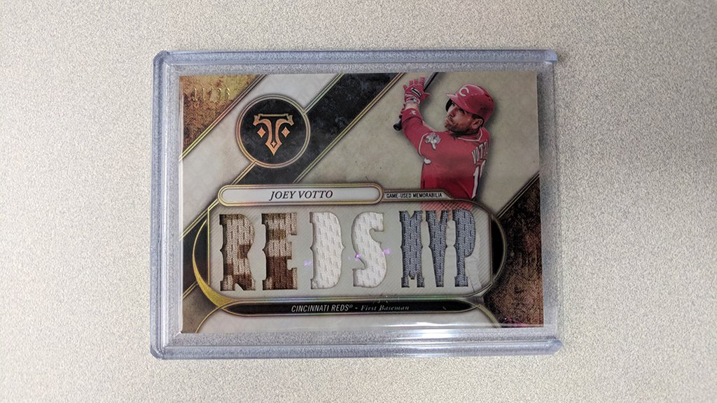 @Topps That sweet swing…   RT and you can win this sick Joey Votto card. #MLBCards https://t.co/c48PBNrPQP