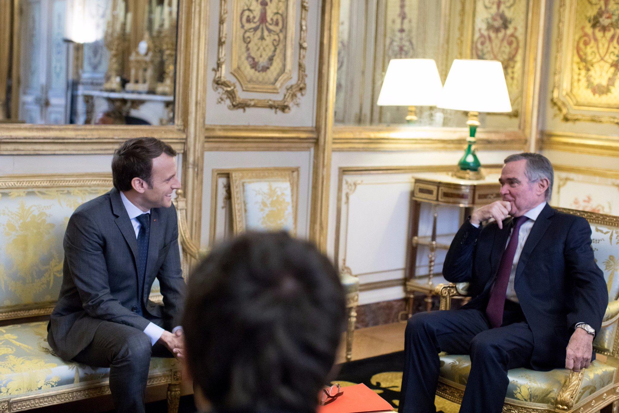 Avec @BernardAccoyer, Secrétaire général des Républicains. https://t.co/AtlukkdGuR