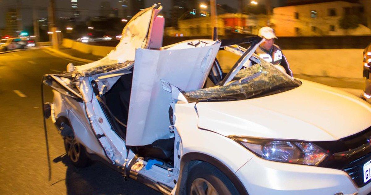 Caminhão bate em viaduto de SP, pedaços de concreto caem e matam juíza que estava em carro