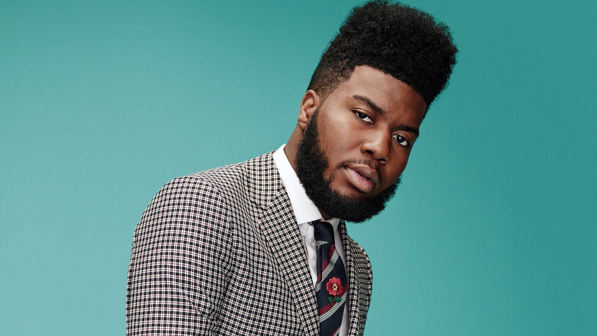 The confidence and comfort of pop's newest big thing, @thegreatkhalid https://t.co/XCnxRvl7DA https://t.co/esZ8E3Qt6k